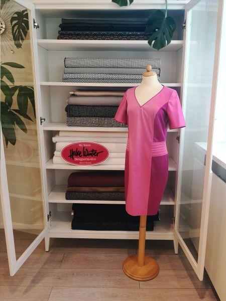 Kleid in rosa Größe 40