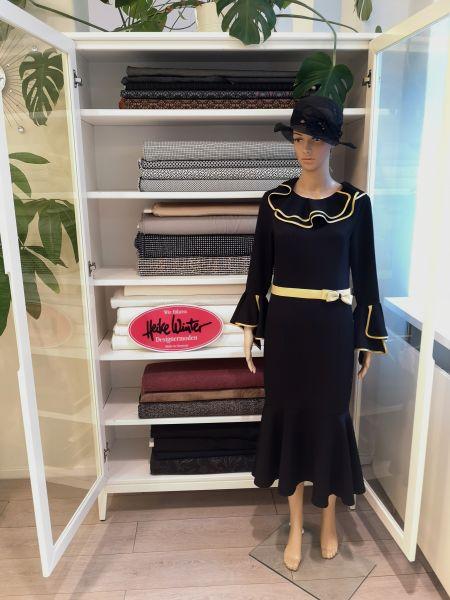 Kleid in schwarz Größe 38 / 40