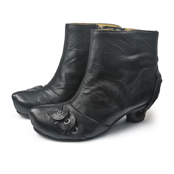 Alina 08 schwarz glatt